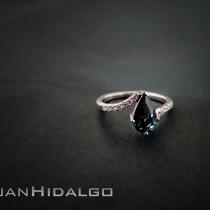 Anillo de Turmalina y diamantes